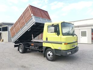 شاحنة قلابة NISSAN L70.88 RIB. TRILATERALE 70 Qli. Patente C