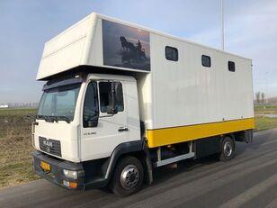 камион за превоз на коне MAN LE8-180