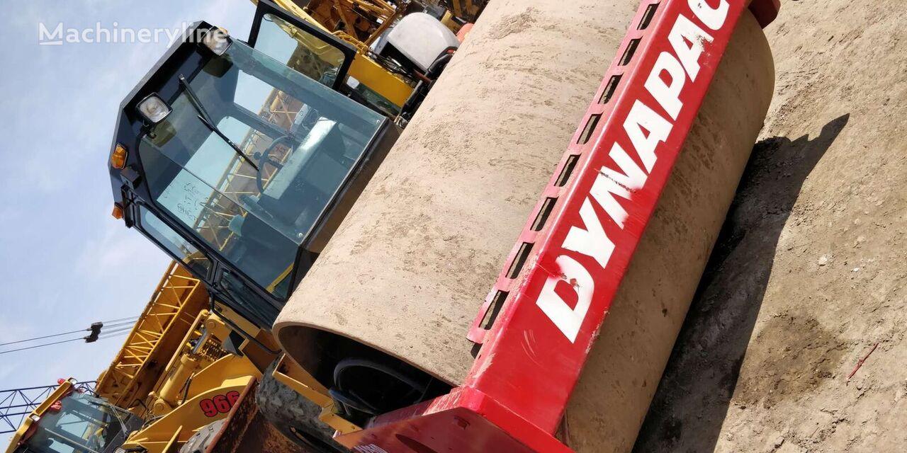 مدحلة لأعمال دك التربة DYNAPAC CA251D