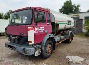 شاحنة الصهريج IVECO MAGIRUS