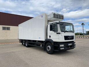 شاحنة التبريد MAN TGM 26.250