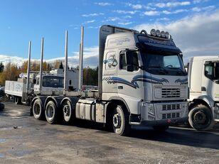 شاحنة نقل الأخشاب VOLVO FH